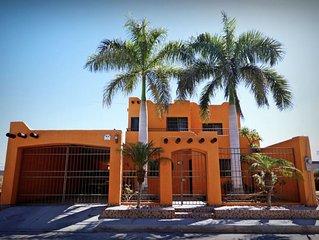 Welcome to Happy Home of La Paz/Mi casa es su Casa