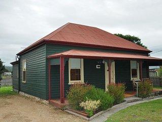 Settlers Cottage - St Helens Tasmania