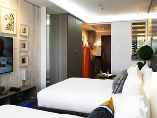Chic Shell Residences Condo Suite -- MOA view