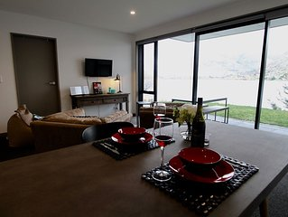 Brand New Lakeside Apartment