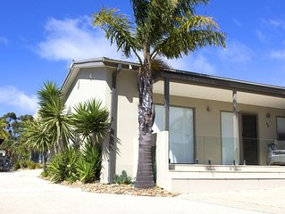 Modern apartment in the heart of Anglesea ��