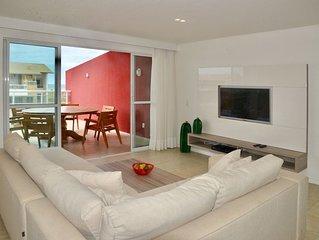Luxuosa cobertura com 2 suites, sala, varandao, jacuzzi e churrasqueira
