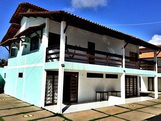 Conforto c preco justo no Barramar: charmoso duplex na quadra do mar