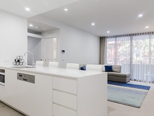 Contemporary Apartment In Newcastle CBD