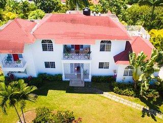 Welcome to Casa de Familia Montego Bay