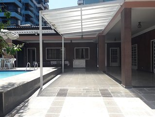 Casa c/ piscina, 3 suites, final/ano, ferias, descansos/Canto Forte Praia Grande