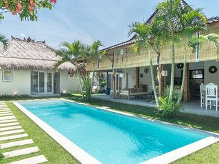 Beautiful 4 BR villa in Seminyak square