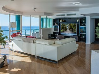 Luxury Oceanfront 3 bedroom Platinum Sub-Penthouse with 256 sqm of living space