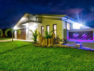 Ulysses - Brand New 4BR House with 20m Lap Pool