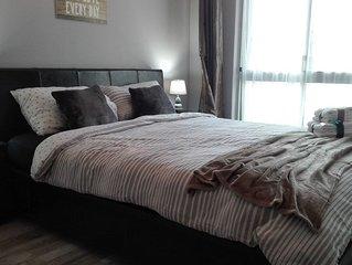 Elegant Bright Private Room Next To River Tejo