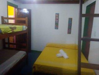 Suite no centro e perto da praia da concha