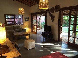 Linda casa na vila de Barra Grande em rua charmosa a 20m do mar com 5 quartos