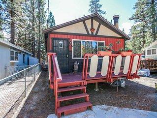 Little Bear Cabin Rustic 2BR Single Story Bear City Retreat