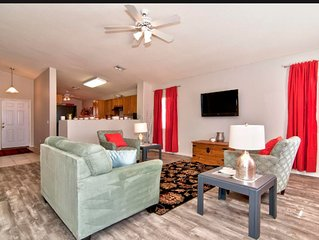 A relaxing home-away-from-home. Golf, hiking, shopping, dining awaits!