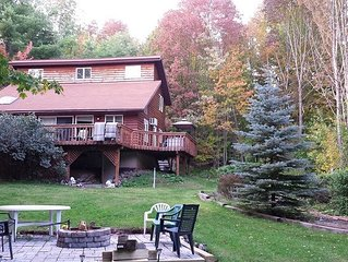 Catskill Mountain Getaway - minutes to Hunter and Windham Mtns., jucuzzi, fire p