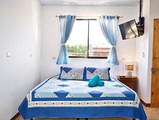Voll ausgestattetes Apartment mit King Bett und AC - 5 min vom Flughafen