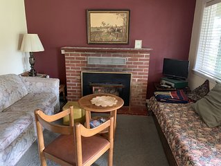 Creekside Inn - Hoodsport, WA - 1 Bedroom Suite