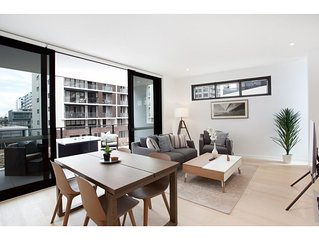 Luxury New Apartment Close To Sydney Airport And CBD