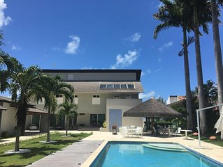 Luxuosa casa moderna na beira mar Tamandare, 7 suites, grande piscina