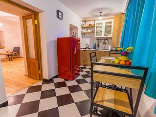 Cozy and Comfy apartment in old town near Botanical Garden