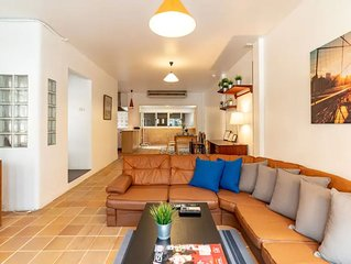 Center of Thonglor,Ekamai. Big,Cozy Whole House for you