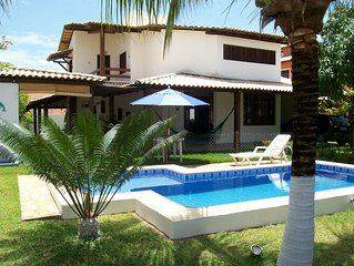 Aconchegante 6/4 (3 suites), varandao, piscina, churrasqueira, Cond. Paraiso