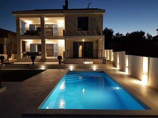 Beach Residence MSJ Sevid with heated pool