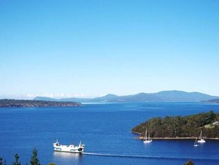 Bruny Vista Cabin, waterfront property with magnificent views of Bruny Island