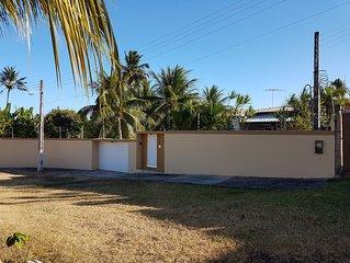 Aconchegante casa de praia com piscina, area de lazer e Prox. a Praia.