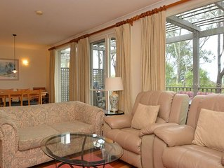 Villa Executive 2br Rose DS located within Cypress Lakes Resort