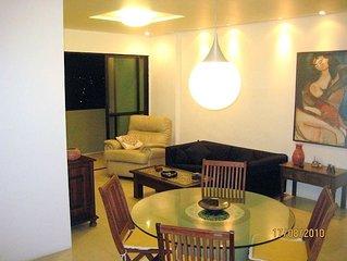 Beira Mar de Olinda, na praia de Casa Caiada - 1 suite e 2 quartos