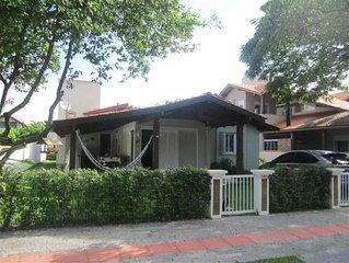 Agradável casa em Jurere Internacional