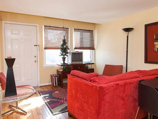 Swanky Furnished Townhome Uptown Downtown