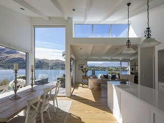 NEW:  Lakeside + Mountain Views, Stylish Home, 3.5kms to Remarkables Ski field