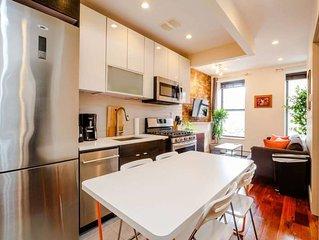 Harlem 3 Bedroom, 1.5 Bathroom Condo - Bright!