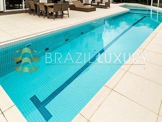 Gorgeous 6 bedrooms Villa in Jurere Internacional