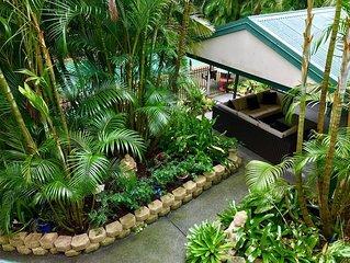 Gold Coast Tropical Acreage Hideaway
