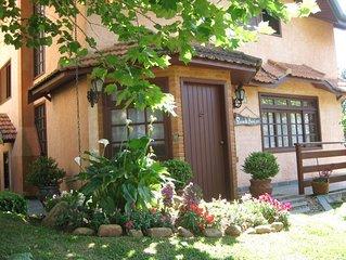 Casa dos sonhos/Alto do Capivari/ Cond. fechado -6 suites,wi-fi gratis, sky