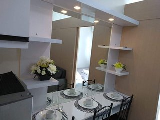 Trees Residences 1br with Balcony and WiFi