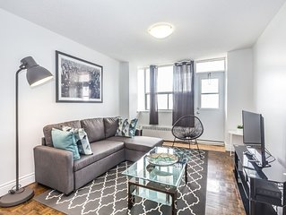 2 Bed, 1 Bath Penthouse suite! YONGE & EGLINTON. PH19