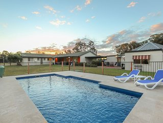 Lovedale Lodge- self contained cottages
