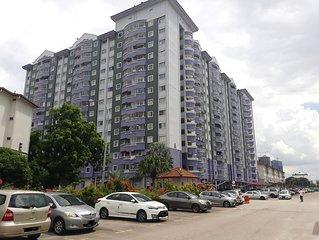 GateWay Malaysia Private Room, WIFI & Pool