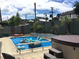 LAST MINUTE DEAL TO RENT A HOUSE WITH POOL/SPA POOL FOR THE EASTER HOLIDAYS 2020