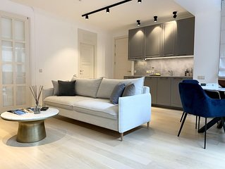Luxury 2 Bedrooms Apartment in Town hall sq., Old Town