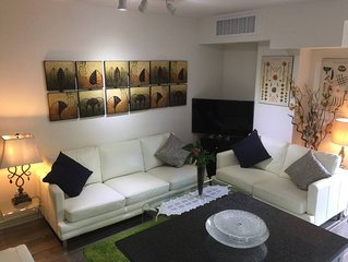 Great downtown luxury condo with 2 parking spots