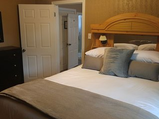 Amazing Stay! 5 Star Reviews. 1 Bedrm Suite. You'll love it! Close to downtown.