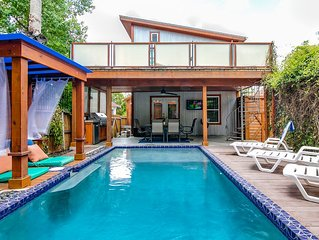 ★Tropical Paradise in the City ★ Near the River Walk and the PEARL! HEATED POOL!