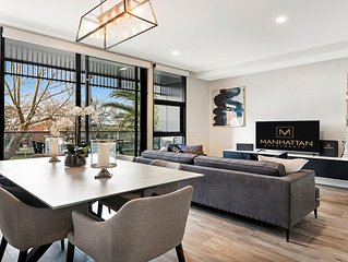 BRAND NEW! 2 Bed Deluxe Apartment in Caulfield North