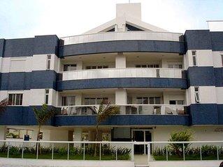 Lindo apto 3 suites na Praia Ingleses vista p/ mar - 3 suites