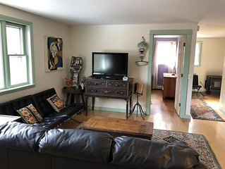 1 bedroom apartment beautiful location on pond in South Freeport